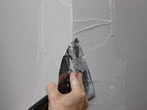 finishing drywall corner bead with joint compound