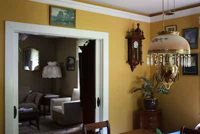 wall, ceiling and trim paint in a dining room