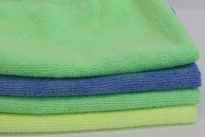 photo of a stack of microfiber cleaning cloths